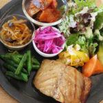 有機野菜が美味しいカフェ ヒトテマ